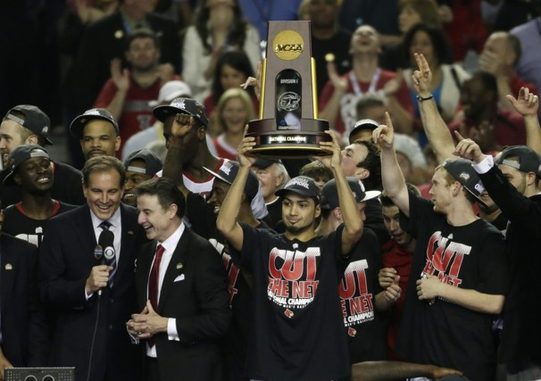 http://www.elhstalon.net/wp-content/uploads/2013/04/NCAA_Final_Four_Michigan_Louisville_Basketball_07942-8013.jpg